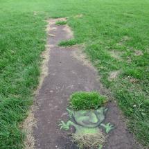 grass skirt lawn troll
